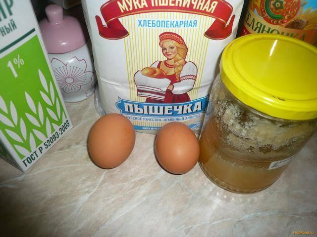 Тонкие блины на сметане с дырочками - 6 рецептов
